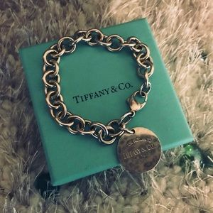 Tiffany and Co Bracelet ( Pre Love ) 925 Silver